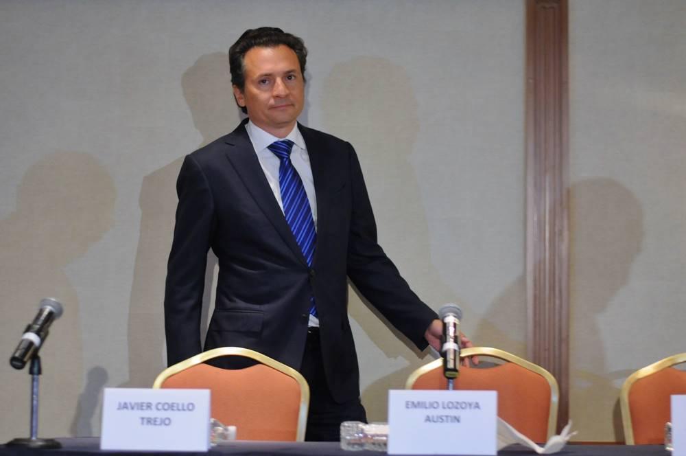 Frena juez orden de captura contra Emilio Lozoya